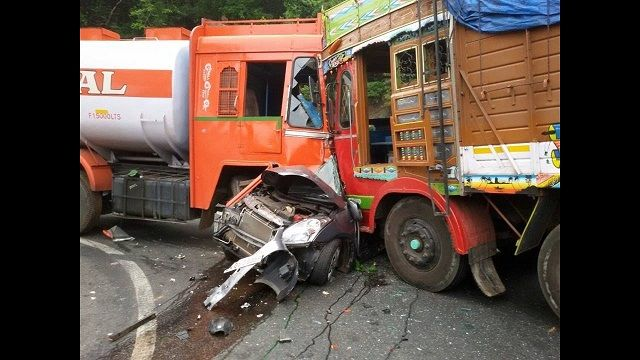 Images and Photos Truck Accidents Caught on Camera