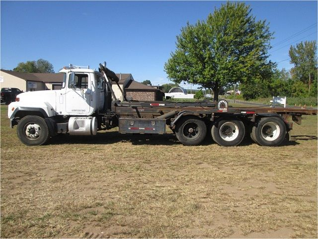 Images and Photos Roll off Truck Auction