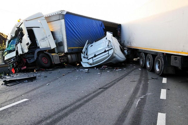 Images and Photos Los Angeles Truck Accidents