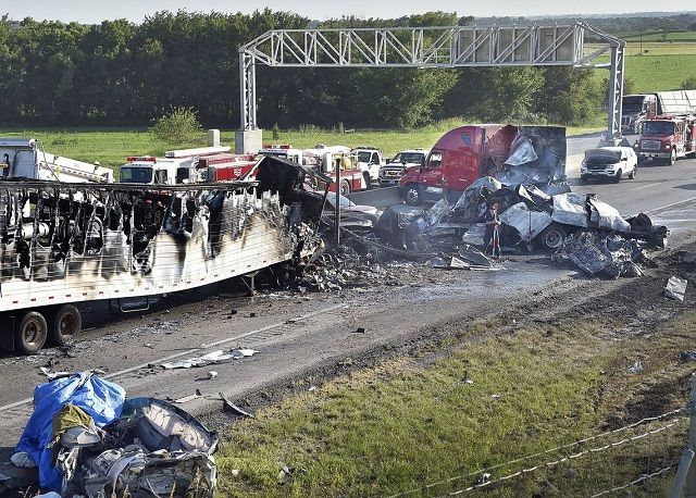 Images and Photos American Truck Accidents
