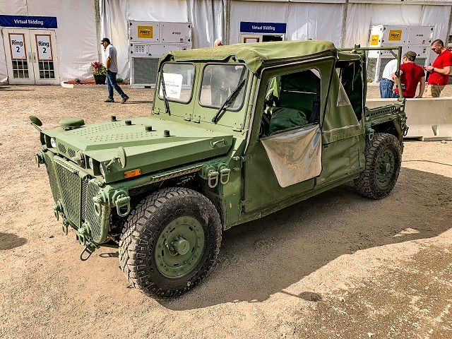 Images and Photos Army Truck Auction