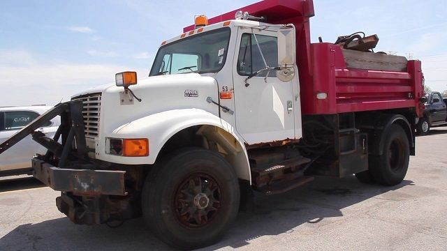 Images and Photos Municipal Truck Auctions