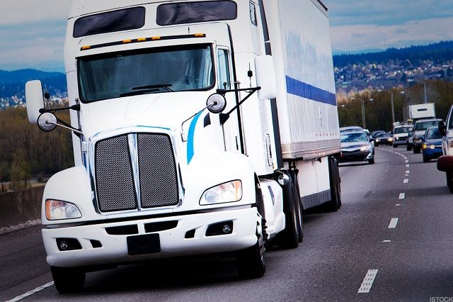 How Much Does a Cdl Truck Driver Make